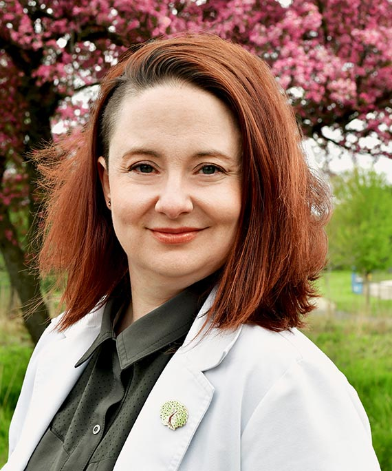 Dr. Sarah Montesa